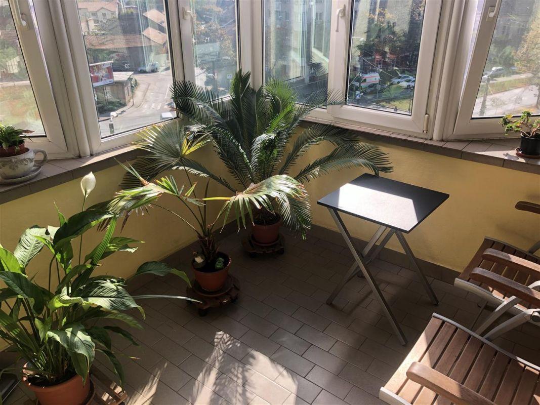 Penthouse de vanzare 3 camere in Printul Turcesc + boxa - ID V5 23