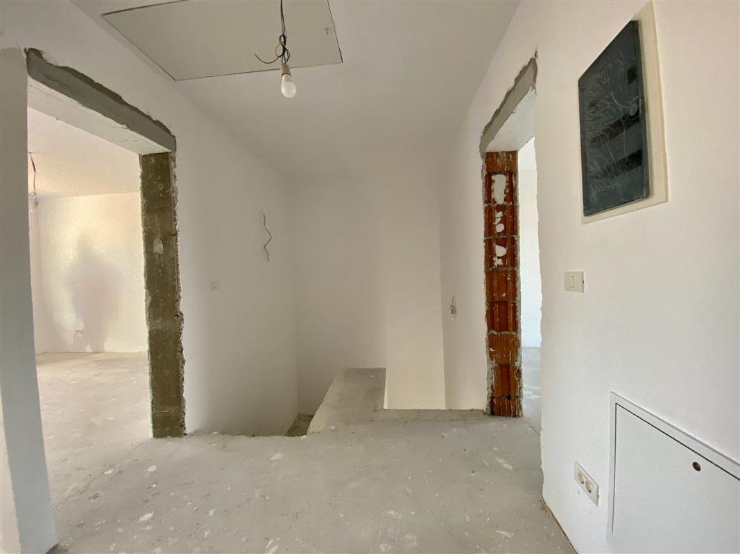 Duplex 5 camere de vanzare toate utilitatile SACALAZ - ID V7 14