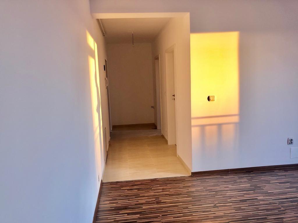 Apartament 2 camere de vanzare cu pod in proprietate GIROC - ID V34 16