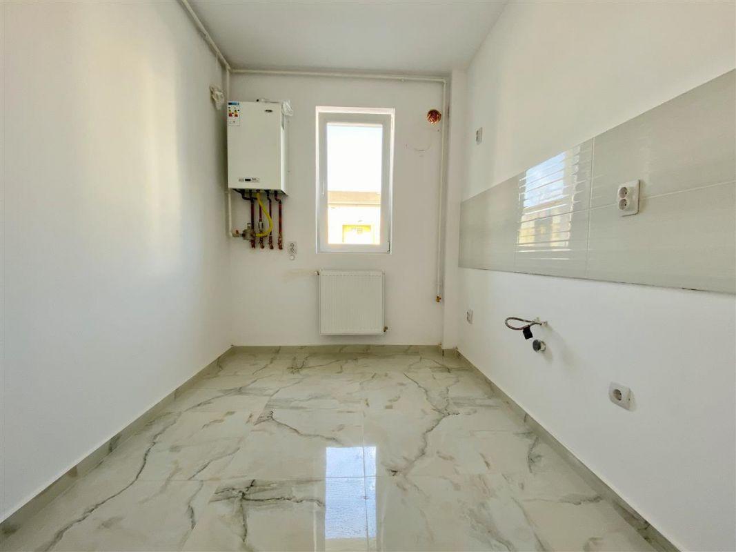 Apartament 2 camere de vanzare cu pod in proprietate GIROC - ID V34 17