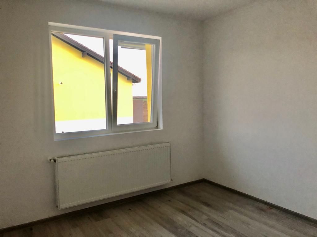 Apartament 2 camere de vanzare cu pod in proprietate GIROC - ID V34 26