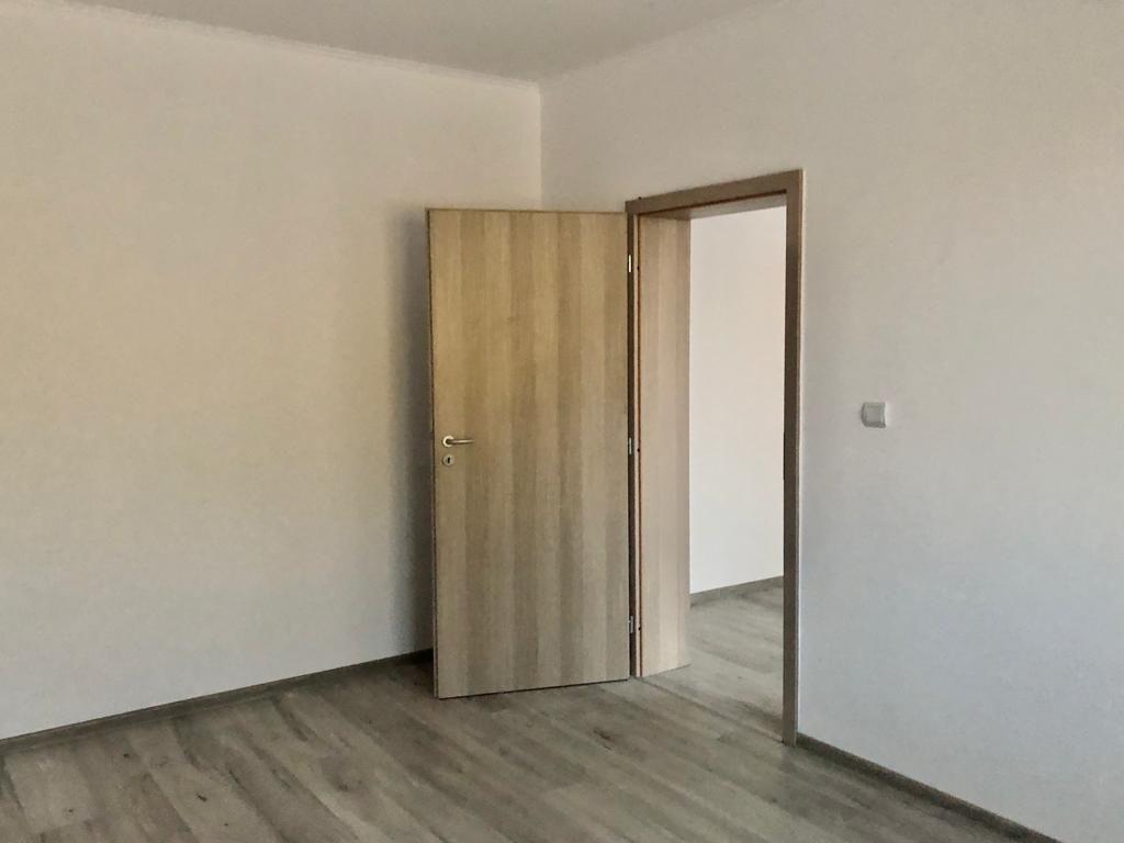 Apartament 2 camere de vanzare cu pod in proprietate GIROC - ID V34 29