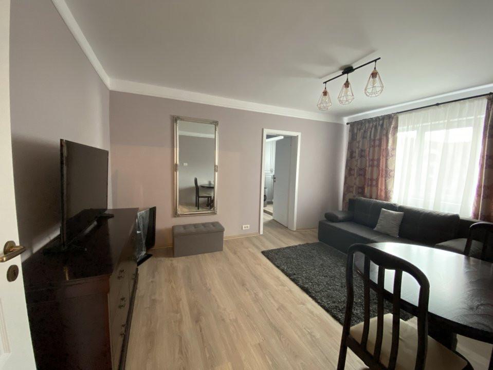 Apartament cu 2 camere, frumos amenajat, de vanzare, zona Dacia 2
