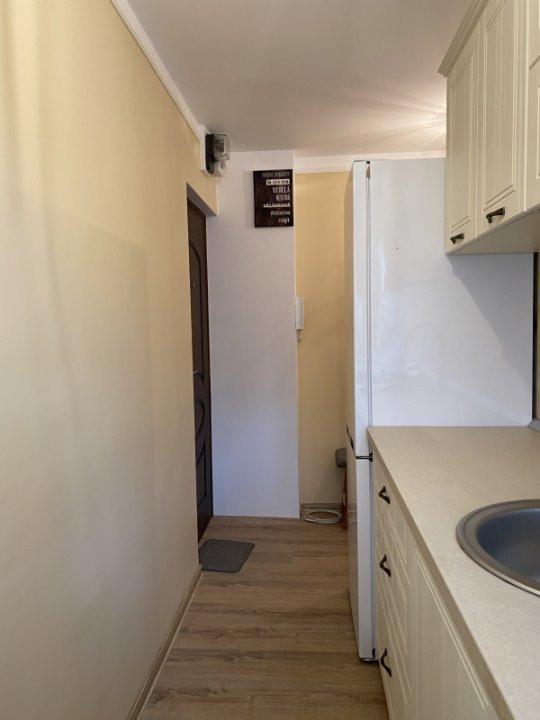 Apartament cu 2 camere, frumos amenajat, de vanzare, zona Dacia 8