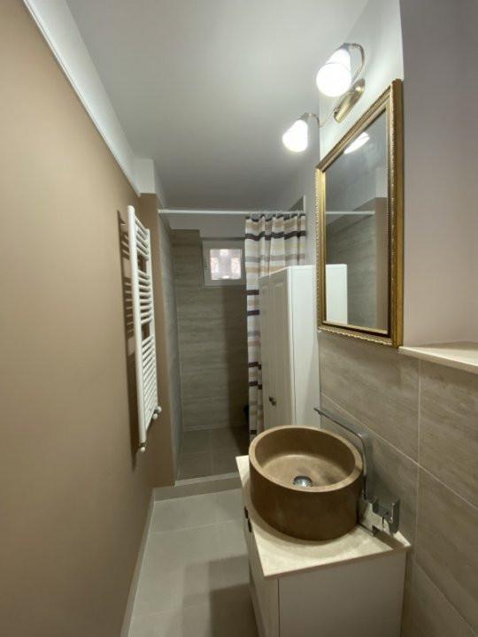 Apartament cu 2 camere, frumos amenajat, de vanzare, zona Dacia 10
