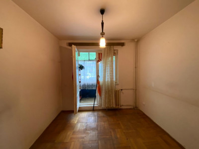 Apartament cu 3 camere, semidecomandat, in zona Dacia - V1301