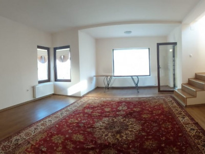 Casa individuala de inchiriat - C1343