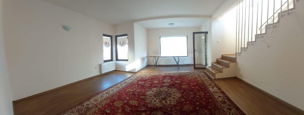 Casa individuala de inchiriat - C1343 1