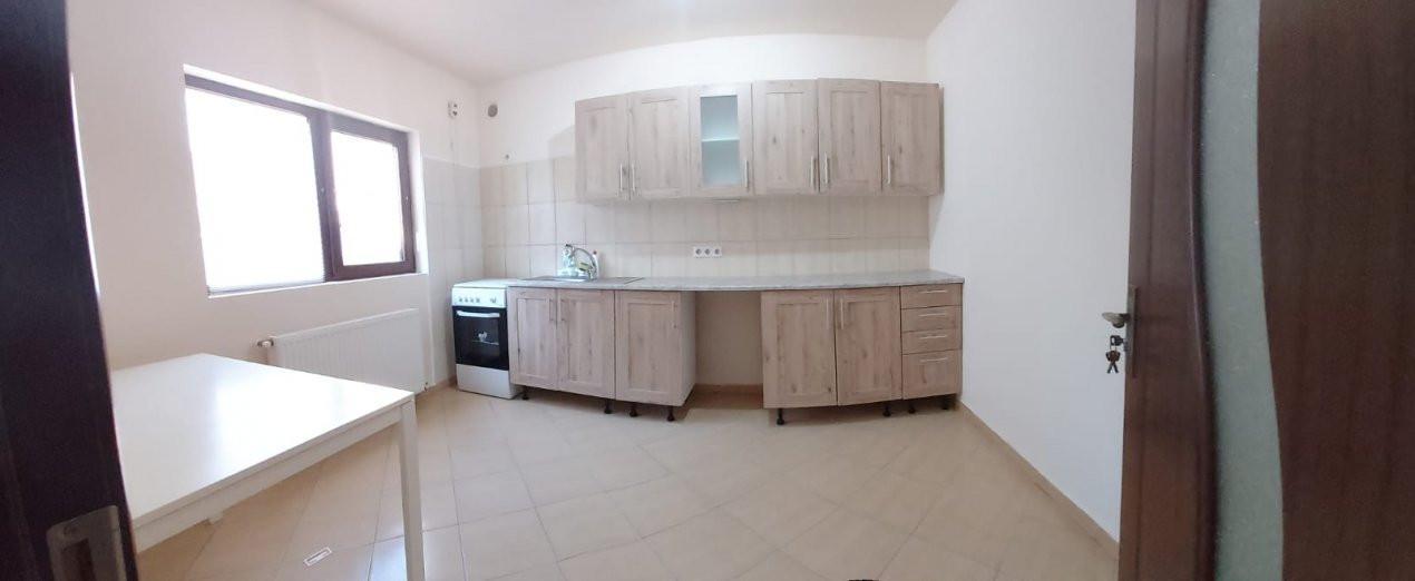 Casa individuala de inchiriat - C1343 4