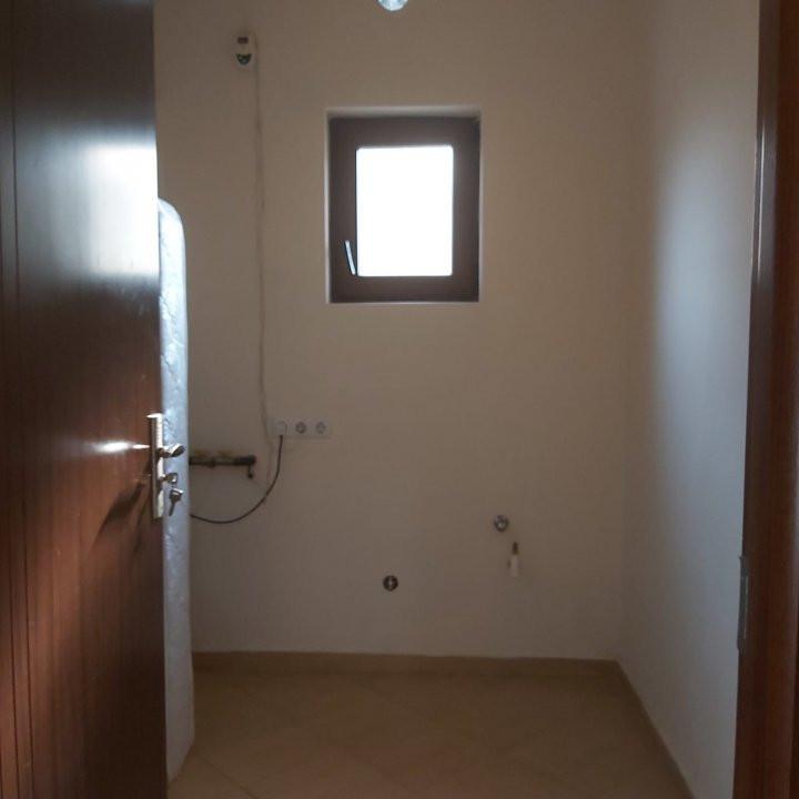 Casa individuala de inchiriat - C1343 6