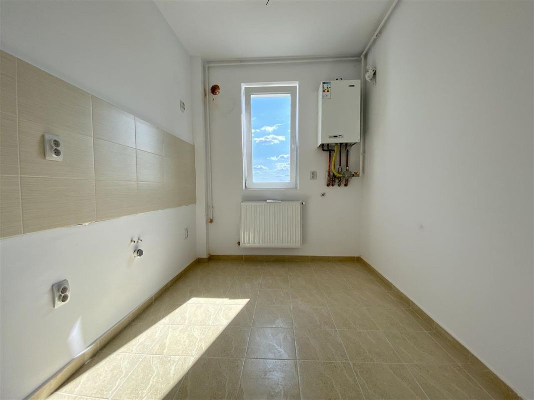 Apartament 2 camere de vanzare cu pod in cf in GIROC- ID V36 23