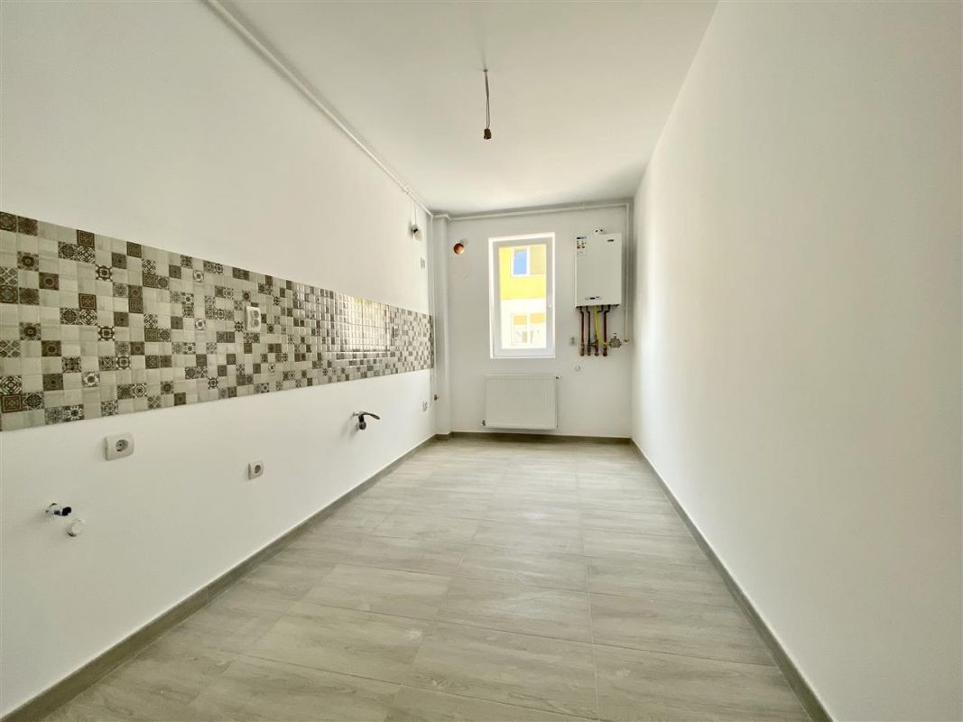 Apartament 2 camere de vanzare cu pod in cf in GIROC- ID V36 26