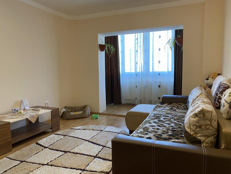 Apartament cu 2 camere spatios, decomandat, de vanzare, zona Aradului  3