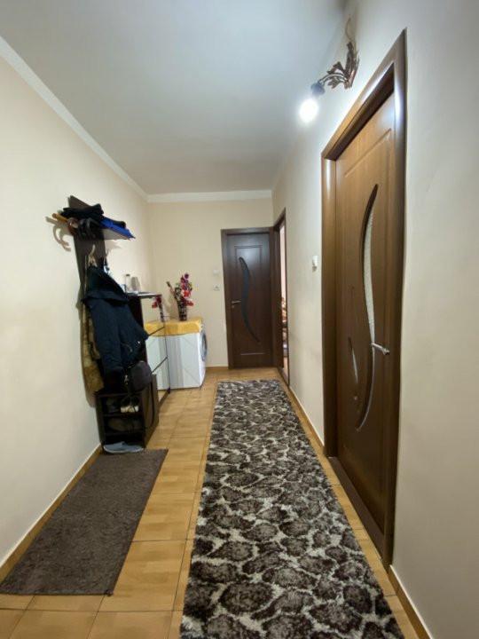 Apartament cu 2 camere spatios, decomandat, de vanzare, zona Aradului  7