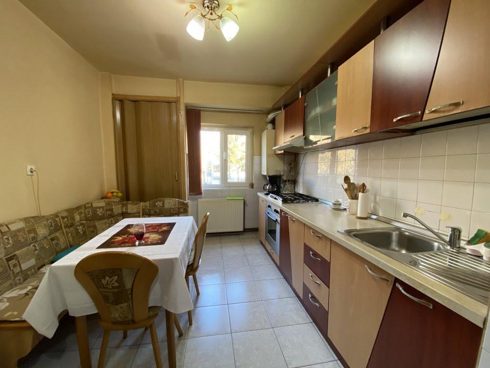 Apartament cu 2 camere spatios, decomandat, de vanzare, zona Aradului  9