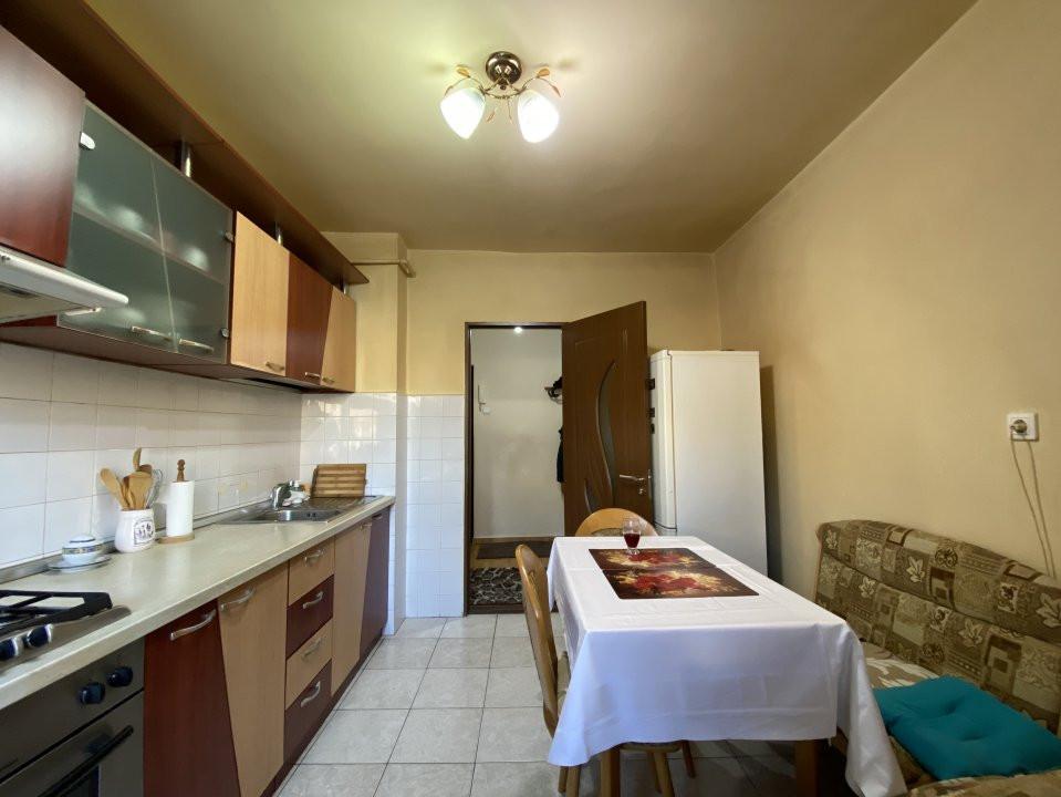 Apartament cu 2 camere spatios, decomandat, de vanzare, zona Aradului  10