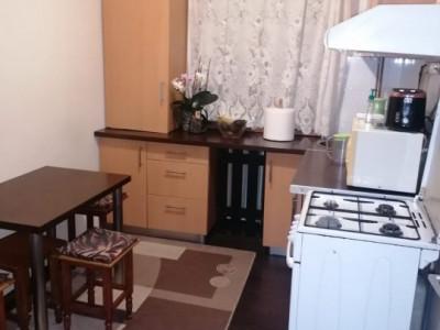 Apartament 3 camere de vanzare comision 0%, Calea Sagului