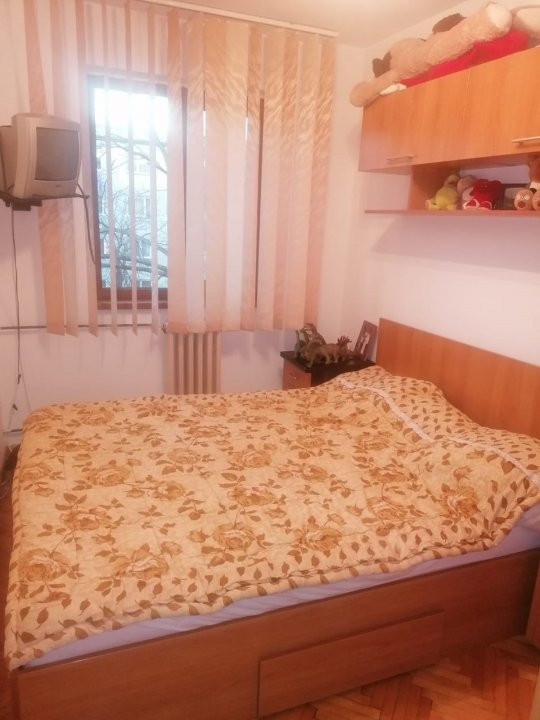 Apartament 3 camere de vanzare comision 0%, Calea Sagului 3