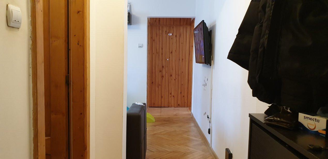 Apartament 3 camere de vanzare comision 0%, Calea Sagului 7