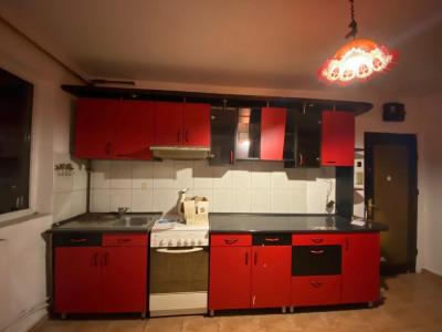 Apartament de vanzare, cu 4 camere, decomandat, Circumvalatiunii - V1395