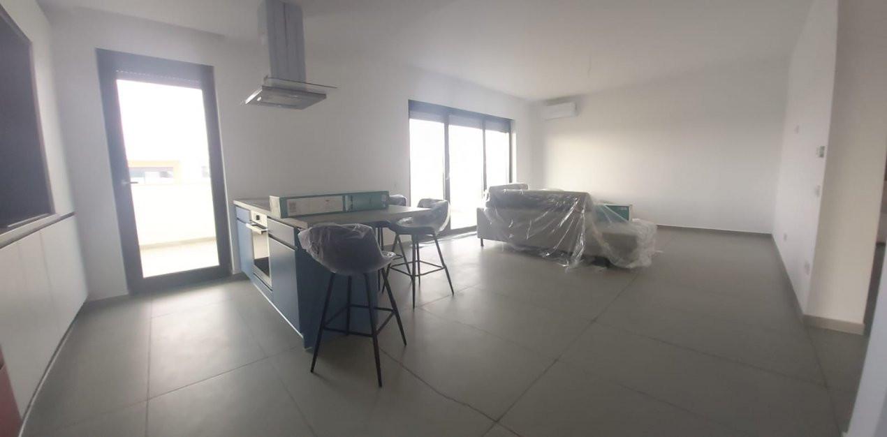 Apartamente de inchiriat, 2 si 3 camere  - C1424 10