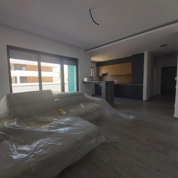 Apartamente de inchiriat, 2 si 3 camere  - C1424 18