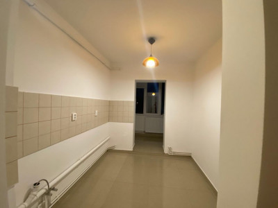 Apartament cu 3 camere, decomandat, Lipovei - V1443