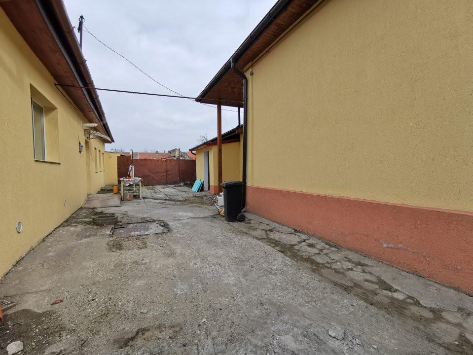Casa de inchiriat in Calea Buziasului. 2
